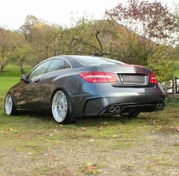 Heckstoßstange für Mercedes Benz E-Klasse Black Edition AMG Design